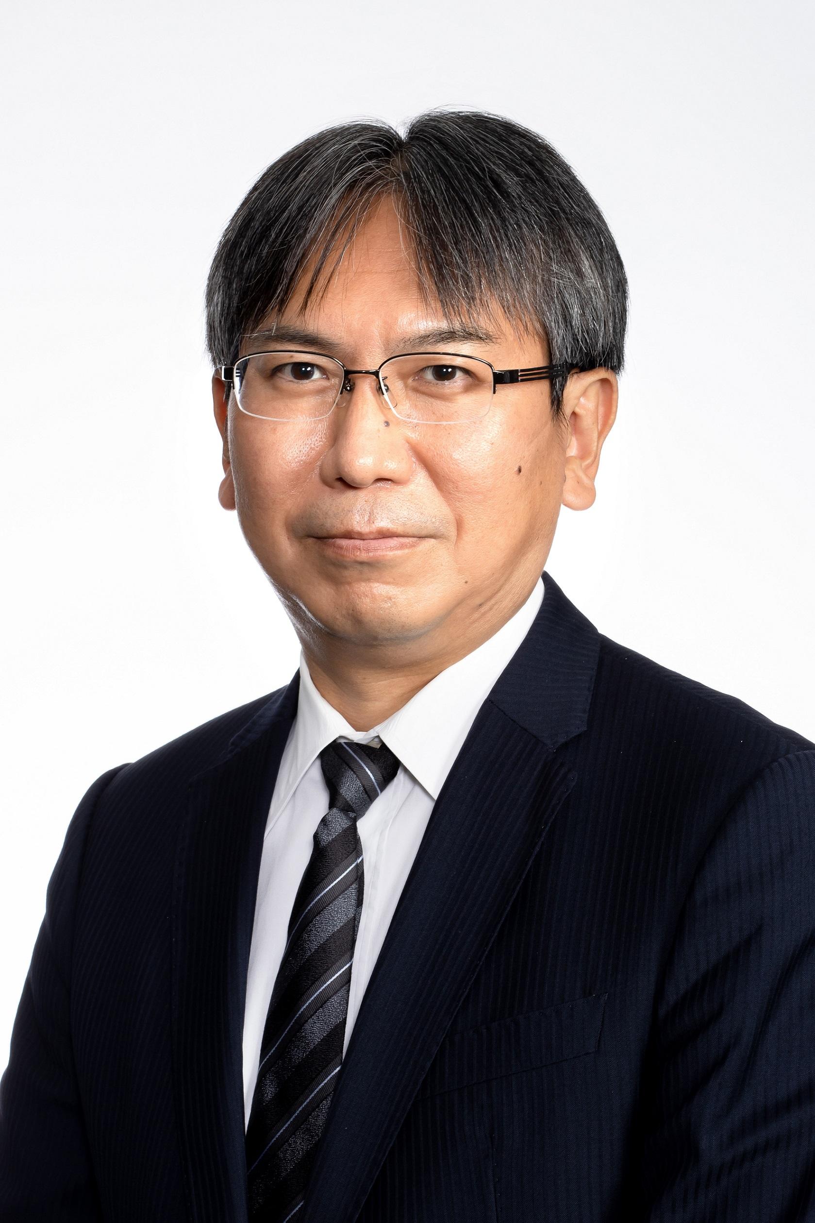 取締役 佐藤 慎一郎 Shinichiro Sato