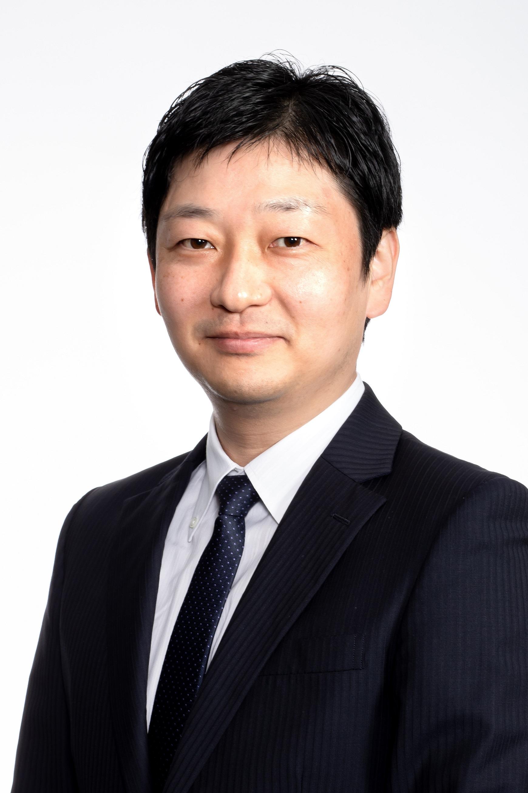 社外取締役/監査等委員 蒲地 正英 Masahide Kamachi
